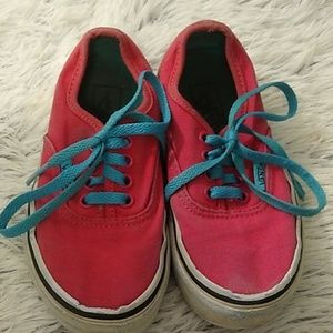 Vans little girl sneakers